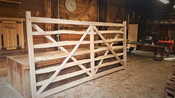 Oak Deer Fence Gate