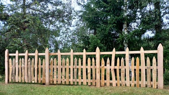 Cleft Pale Estate Fence-4